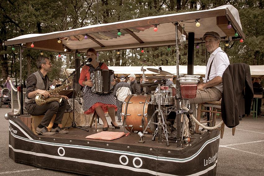 spectacle rue musique guinguette